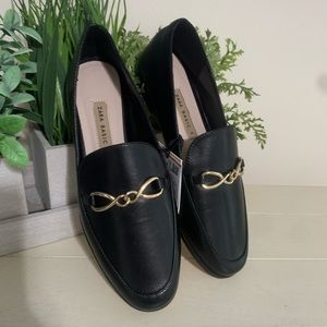 NWT Zara Basics Women Black Loafers Gold Link Sz 6